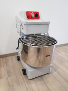 IMPASTATRICE A SPIRALE SIGMA TAURO 25KG - Usato Casagrande Cucine